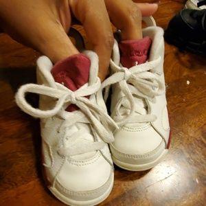 Boys toddler baby boy jordans cream burgundy 7C